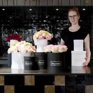 Blossfeldt_Flower_Box_Blume_Ruth04